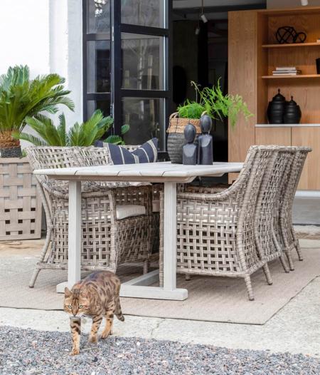 Matbord teak utomhus